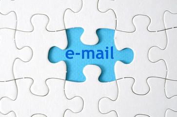 E-Mail/ Puzzle