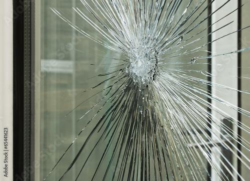 Fototapeta smashed glass window pane