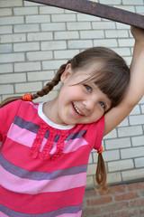 Девочка с улыбкой
