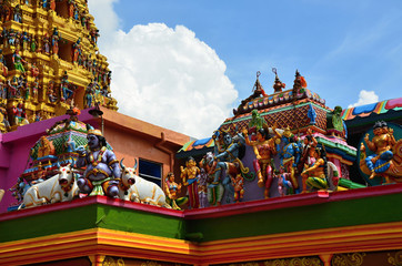 The largest Hindu temple in Sri Lanka - Matale Tamil temple