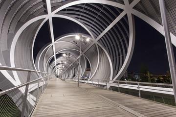 Puente monumental