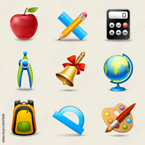Realistic School Icons Set