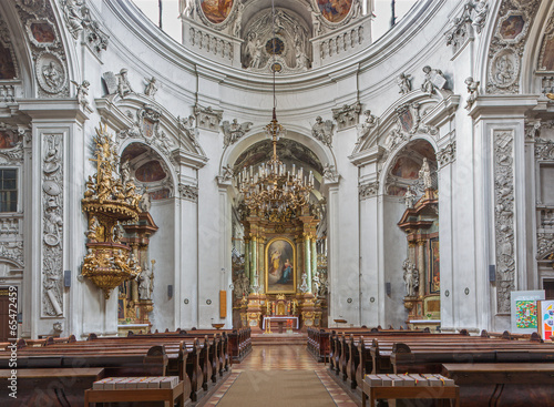 Vienna - Nave of baroque Servitenkirche church