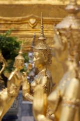 Statuue dorate del Palazzo Reale,Bangkok.