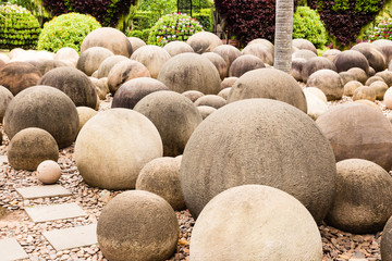 circle stone garden