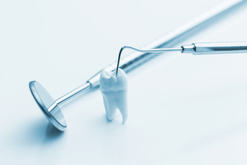 dental tooth check-up