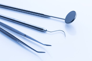 Tartar checkup at the dentist