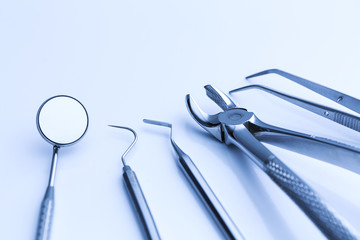 Checkup basic cutlery of the dentist
