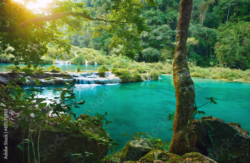 Fotobehang Centraal-Amerika Landen Cascades National Park in Guatemala Semuc Champey