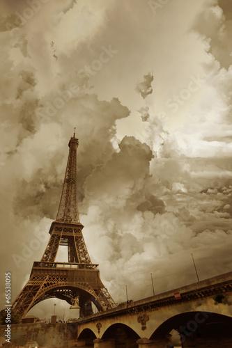 Zdjęcia na płótnie, fototapety, obrazy : Eiffel Tower