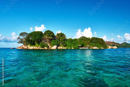 Fotobehang Eilanden Beautiful tropical island