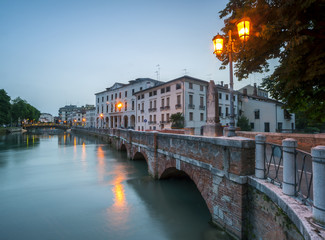 ponte dante treviso at night