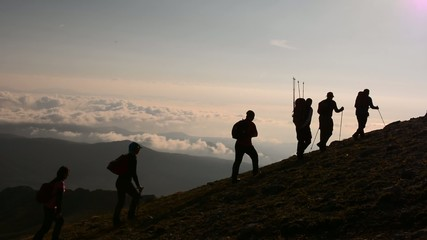 zirve tırmanışı başarılı ekip