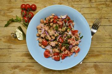 Tuna salad Ensalada de atún Insalata di tonno