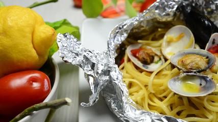 "linguine ""al cartoccio"" italian food"