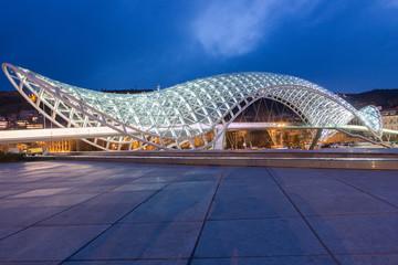 Мост Мира, Тбилиси, весна 2013