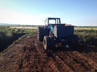 tractor turf cutting