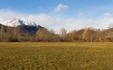 Paisaje Invernal de Montaña