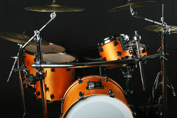 Drumms on a stage