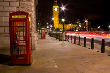London telephone box and Big Ben in background