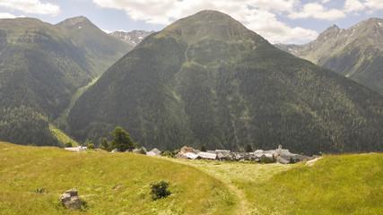 Guarda, Dorf, Schweizer Alpen, Sommer, Graubünden, Schweiz