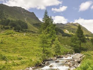 Guarda, Bergdorf, Bergbach, Wanderweg, Alpen, Schweiz