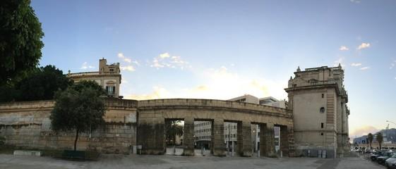Le mura delle cattive a Palermo