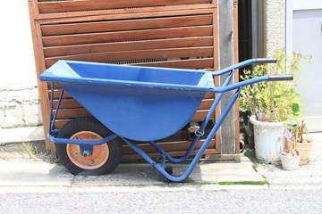青い一輪車