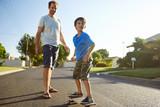 father son skateboard - 65623251