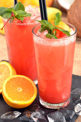 Fruit punch,coctel de frutas.