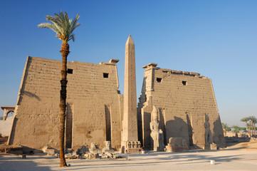 Obélisque et Pylône de Ramsès II au temple de Louxor