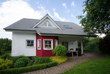 Haus - Wohnen - Eigentum