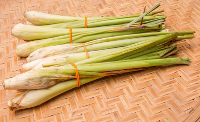A bunch of lemon grass in wicker tray