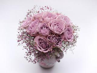 Rosarote Rosen in der Vase