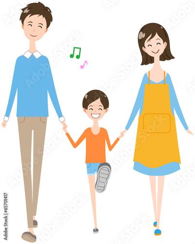 家族 歩く 笑顔