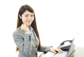 笑顔のオフィスレディー