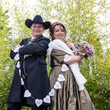 Just married: Happy couple in western style :)