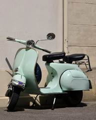 Vintage Vespa / Scooter