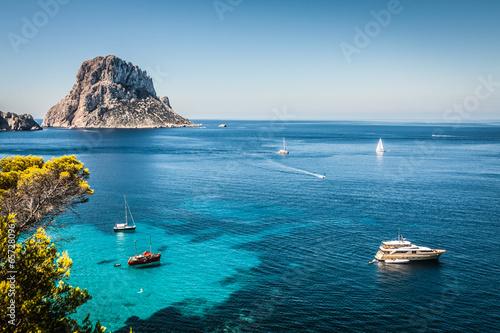 Foto op Plexiglas Zeilen Cala d'Hort, Ibiza (Spain)