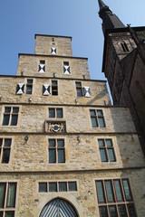 Das Standesamt und die Marienkirche