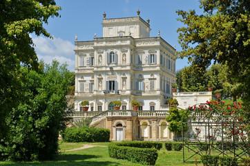 palazzina dell'algardi a villa pamphili in roma,italia