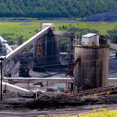 Dirty coal mine structures fossil energy resource