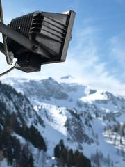Scheinwerfer auf den Alpen