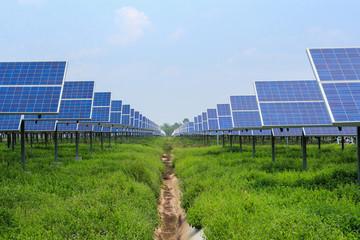 solar panel alternative energy from the sun