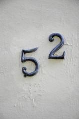 Hausnummer 52