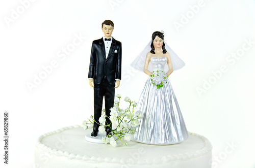 canvas print picture bride and groom on wedding cake tier