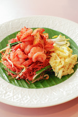 Pad thai, Thai noodle with shrimps and eggs