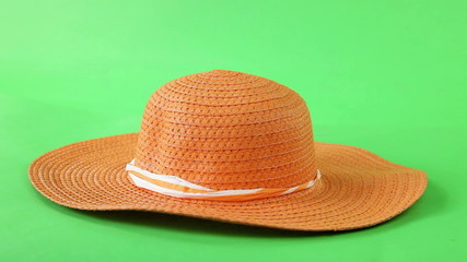 straw hat turning on green screen