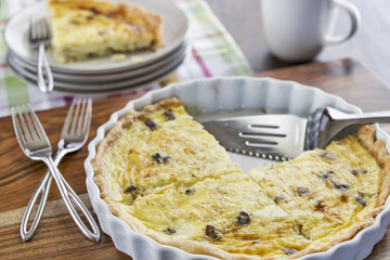 Crab and mushroom quiche