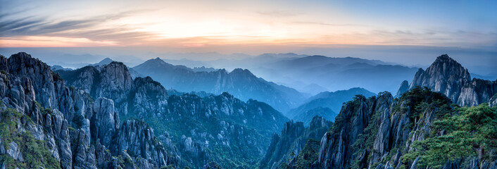 Huangshan Gebirge in China © eyetronic